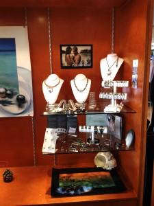 Venez découvrir nos créations à la boutique du Golf Dolce Frégate à Bandol.